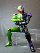 MG FIGURERISE : Masked Rider W Cyclone Joker 1:8 Action Figure